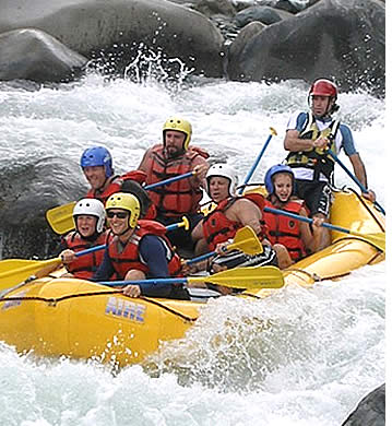 White Water River Rafting in the Chiriquí Viejo with Mirador Adventures
